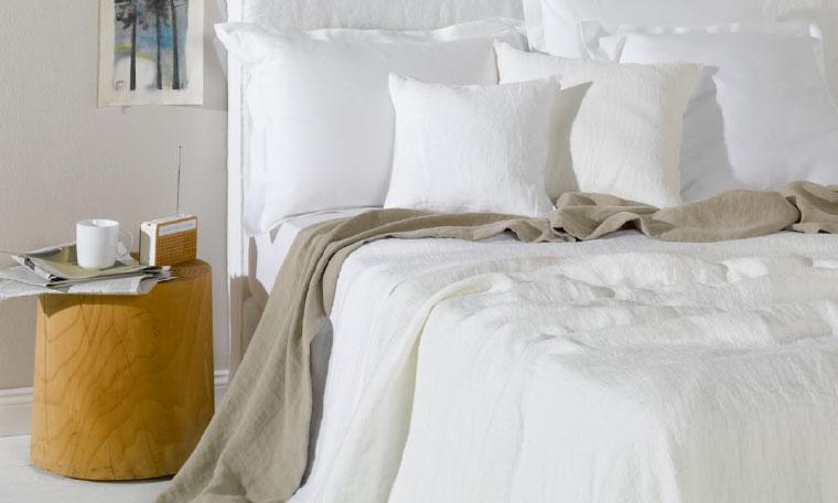 schlafen leicher wohnen interl bke b b italia flexform cassina walter knoll edra. Black Bedroom Furniture Sets. Home Design Ideas